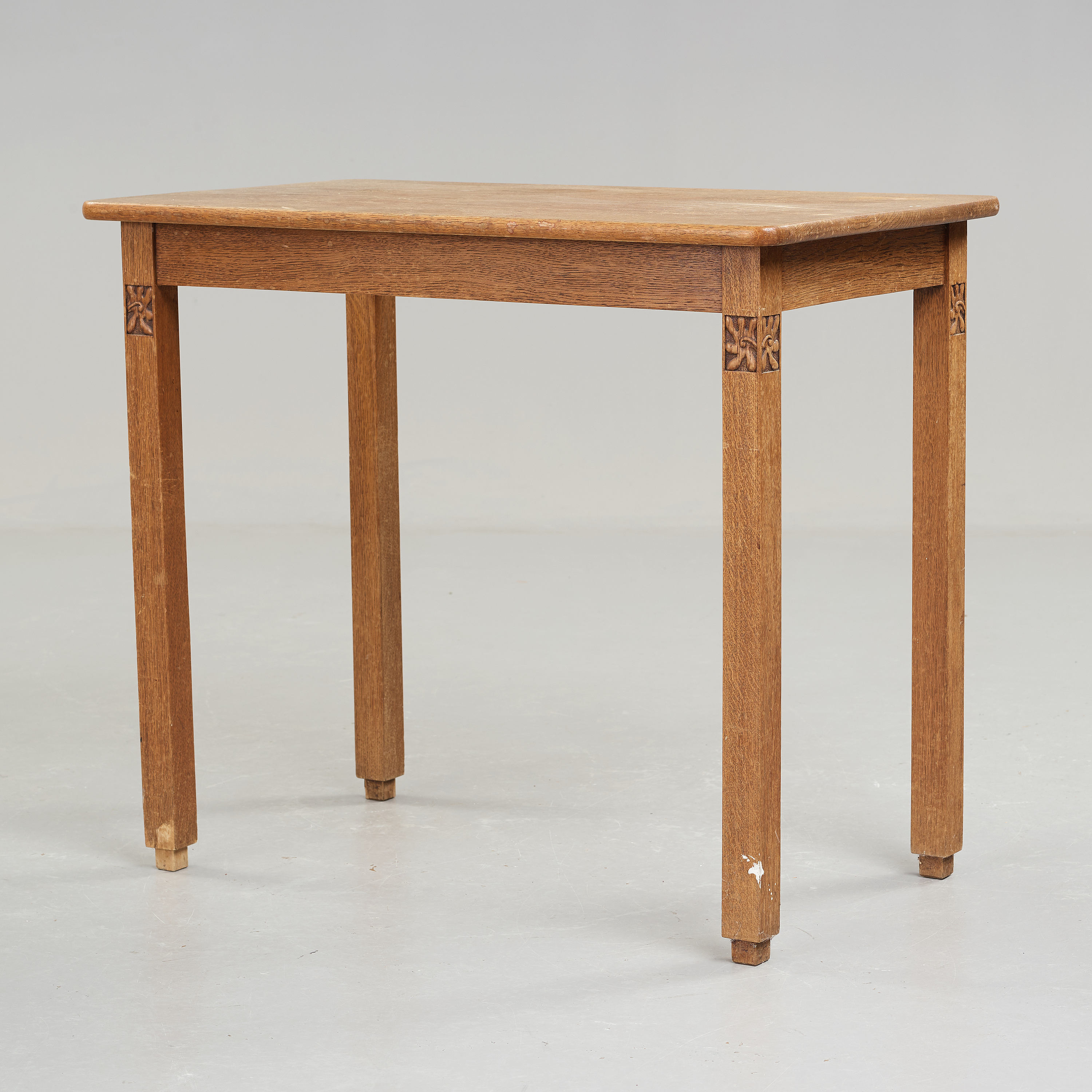 Terrific A Art Nouveau Oak Set With Dining Table Seven Chairs And A Home Interior And Landscaping Staixmapetitesourisinfo