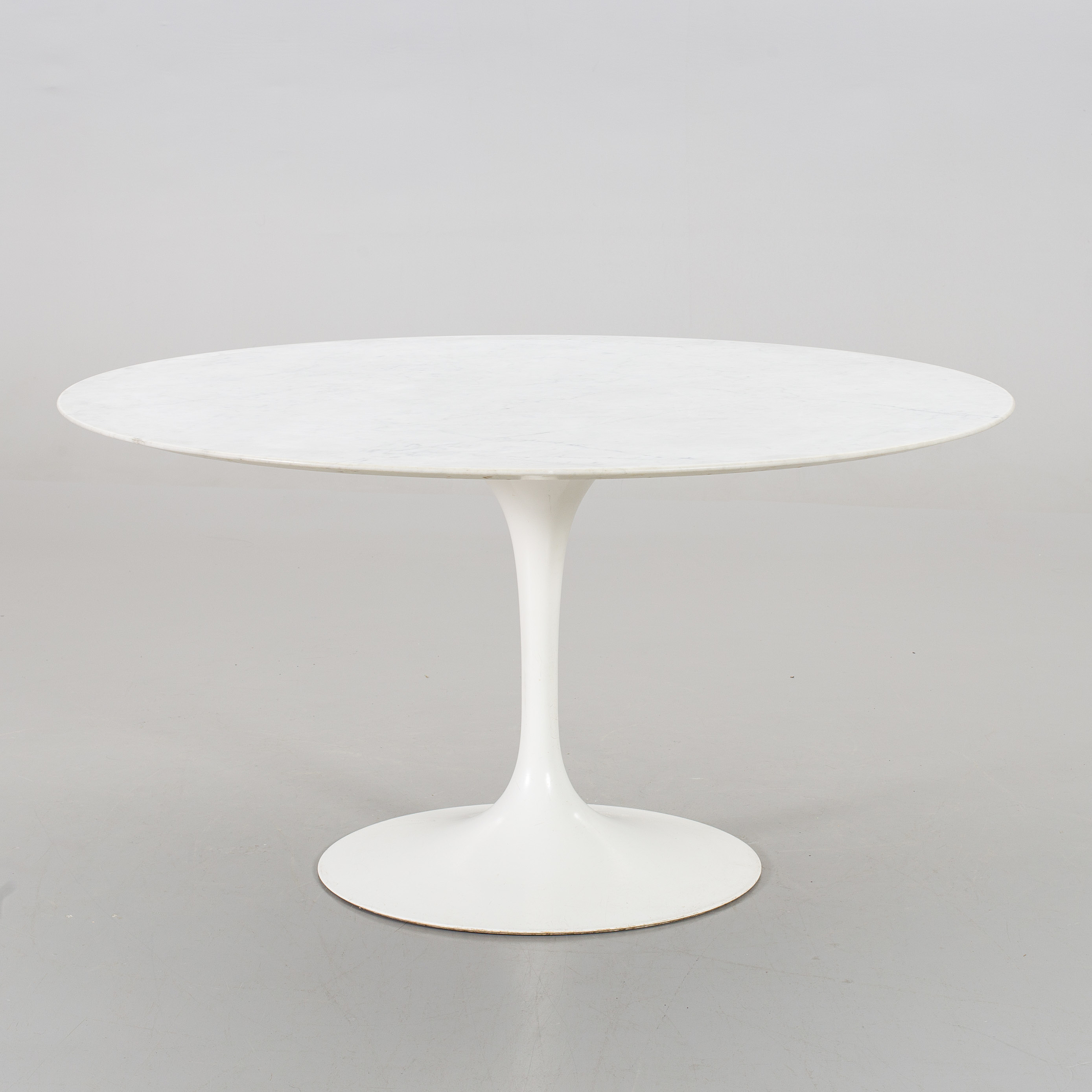 company potato arabescato dining products table saarinen round knoll main base tulip top white couch eero marble