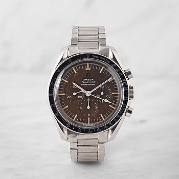 "30. OMEGA, Speedmaster, chronograph, ""Tropical dial""."