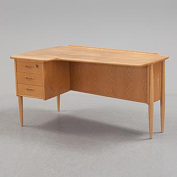 """GÖRAN STRAND, skrivbord, modell """"A10"""", Lelångs Möbelfabrik, 1950-/1960-tal."""