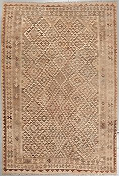 A kelim rug, ca 310 x 205 cm.