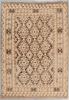 A kelim rug, 208 x 147 cm.