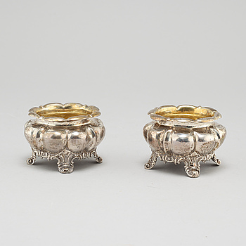 CHARLES LIAS, troligen, saltkar, ett par, silver, London, 1842.