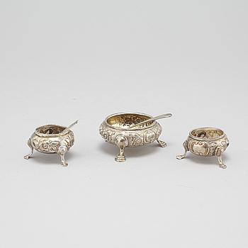 SALTAKAR, 3 st, silver, England, 1800-tal.