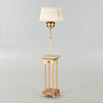 LAMPBORD, empirstil, 1900-talets första hälft.