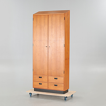 A 1950/60s cabinet.