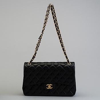 """VÄSKA, """"Maxi Double Flap"""", Chanel, 2010-2011."""