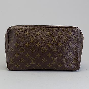 """LOUIS VUITTON, Louis Vuitton """"Trousse Toilette"""", toilet bag."""