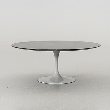 "EERO SAARINEN, soffbord, ""Tulip"", Knoll International."