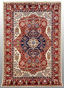 MATTA, Zigler design, ca 253 x 165 cm.