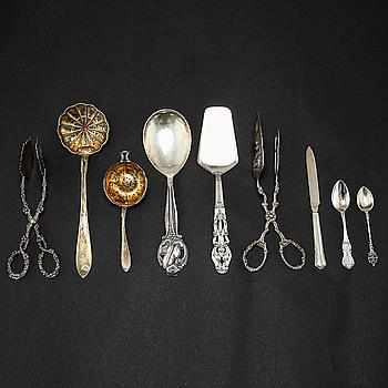 BORDSTILLBEHÖR, 48 delar, silver, bl.a GAB, huvudsakligen omkring 1900-talets mitt.