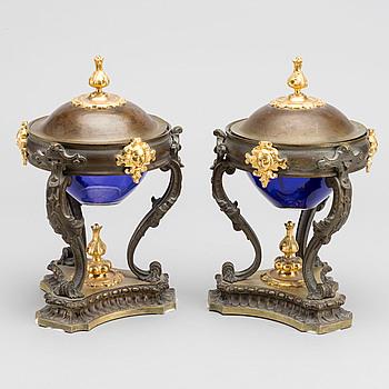 BORDSUPPSATSER ett par empire-stil 1800-talets senare del.