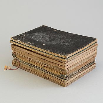 BÖCKER med illustration, träsnitt, 13 stycken, 1800-tal.