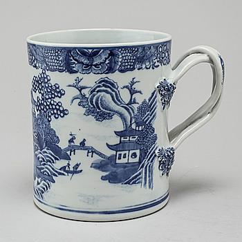 MUGG, porslin, Kina, Qingdynastin, Jiaqing (1796-1820).