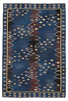 "300. Barbro Nilsson, MATTO, ""Snäckorna"", flat weave, ca 229 x 151,5 cm, signed AB MMF BN."