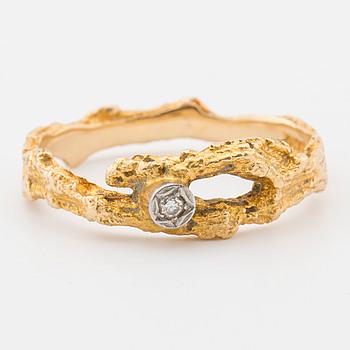 """BJÖRN WECKSTRÖM,""""Diamantdamm"""", ring, 18K guld med liten diamant, Lapponia, 1974,"""