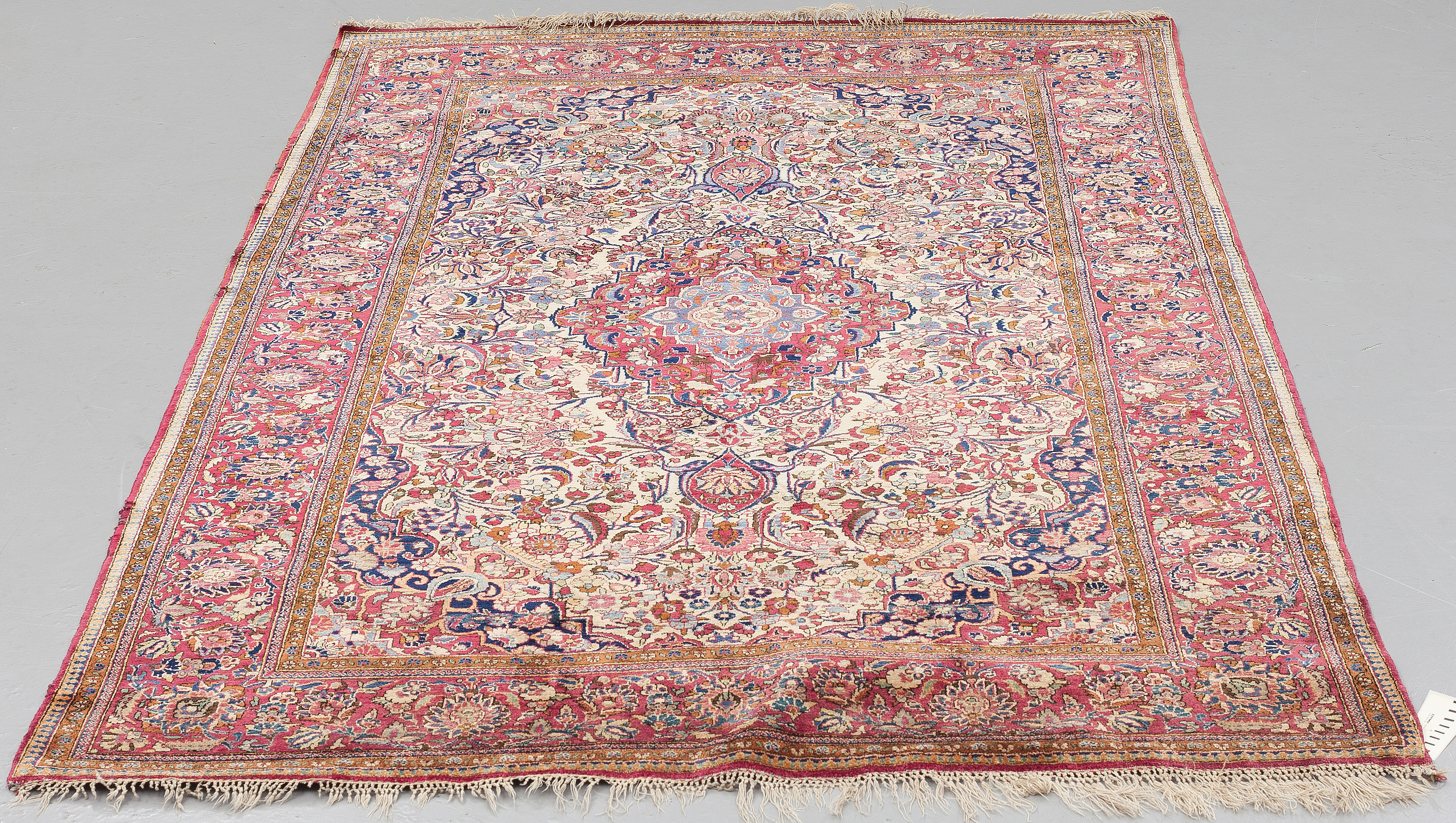 A Semi Antique Silk Kashan Rug Around 209 X 130 Cm