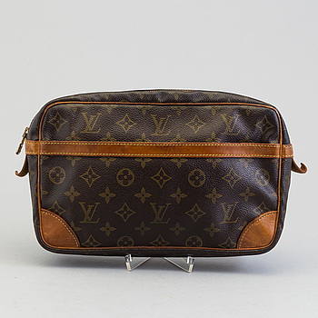 LOUIS VUITTON, A bag by Louis Vuitton.