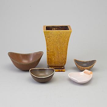 GUNNAR NYLUND, GUNNAR NYLUND, five stoneware pieces from Rörstrand.