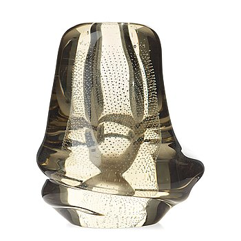 "18. GUNNEL NYMAN, a ""Musselglas"" glass vase, Nuutajärvi Notsjö, Finland, late 1940's."