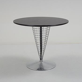 "VERNER PANTON, bord, ""Cone-table"", Fritz Hansen, 1980-tal."