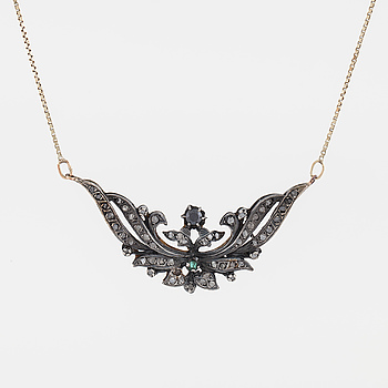 A emerald, faceted blck gemstoen and rose cut diamond necklace.
