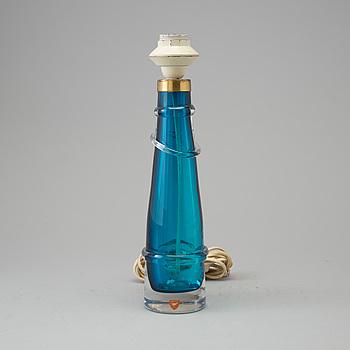 CARL FAGERLUND, bordslampa av glas, Orrefors 1960-tal.