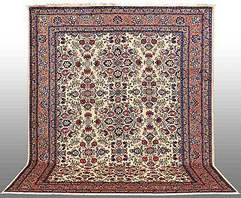 MATTA, Koljaj, ca 330 x 260 cm.