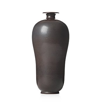 47. BERNDT FRIBERG, a stoneware vase, Gustavsberg studio, Sweden 1952.
