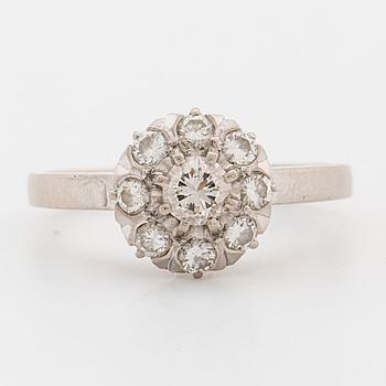 RING, med briljantslipade diamanter ca 0.63 ct.