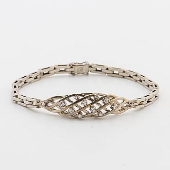 ARMBAND, med åttkantslipade diamanter ca 0.10 ct.