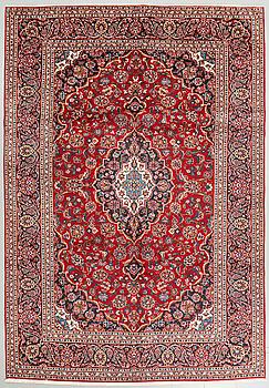 A Keshan rug, 350 x 238 cm.