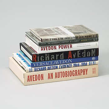 Photo books, 7 Richard Avedon.