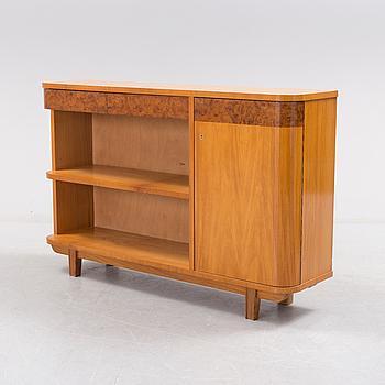 A 1930s shelf.
