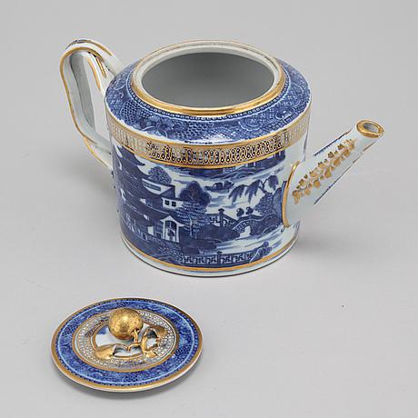 Tekanna, porslin, kompaniporslin, kina, qingdynastin, sent 1700 tal