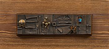 JORMA LAINE, RELIEF, brons, signerad i godset.