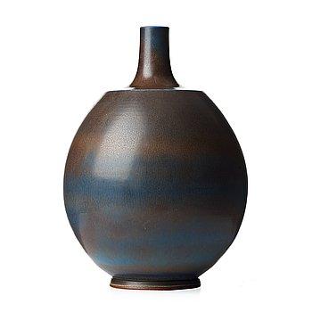 50. BERNDT FRIBERG, a stoneware vase, Gustavsberg studio, Sweden 1965.