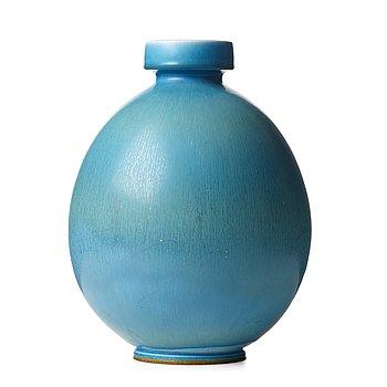 55. BERNDT FRIBERG, a stoneware vase, Gustavsberg studio, Sweden 1968.