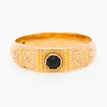 RING, 18K guld. John Weckström, Ekenäs 1900.