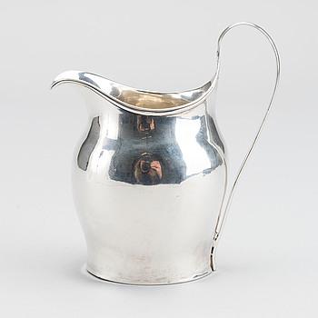 A SILVER CREAM JAR  LONDON 1799-1800.