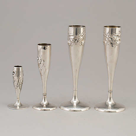A mixed lot of four norwegian art nouveau silver flutes, one with maker's marks jacob tostrup, oslo, 1919