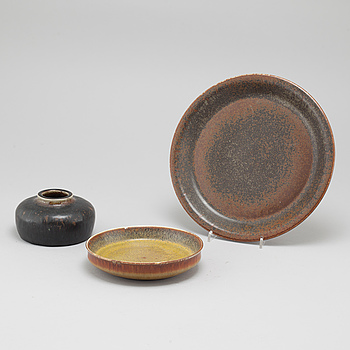 CARL-HARRY STÅLHANE, Three unique stoneware items, designed by Carl-Harry Stålhane for Rörstrand, signed and dated  -57, -64 and -66.