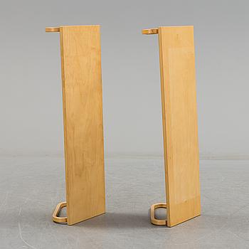 Two '112B' shelfs by Alvar Aalto, Artek.