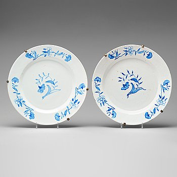 254. A pair of Swedish faience serving dishes, Rörstrand 1760's.