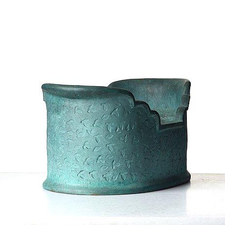 "Signe persson-melin, urna, ""barca"", skånska klockgjuteriet ab, hannas 1999."