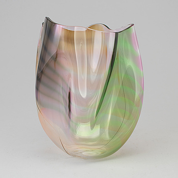 GUNNAR CYRÉN, a 'Cyrano' glass vase from Orrefors, signed and dated 85.