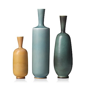 52. Berndt Friberg, a set of three stoneware vases, Gustavsberg studio, Sweden 1961-67.