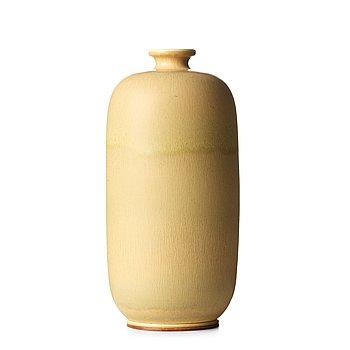64. BERNDT FRIBERG, a stoneware vase, Gustavsberg studio, Sweden 1968.