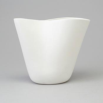 """STIG LINDBERG, vas, stengods, """"Veckla"""", Gustavsberg studio, 1992."""