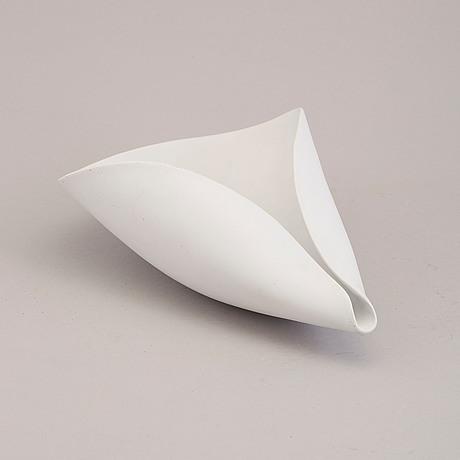 Stig lindberg, a 'veckla' stoneware bowl from gustavsberg